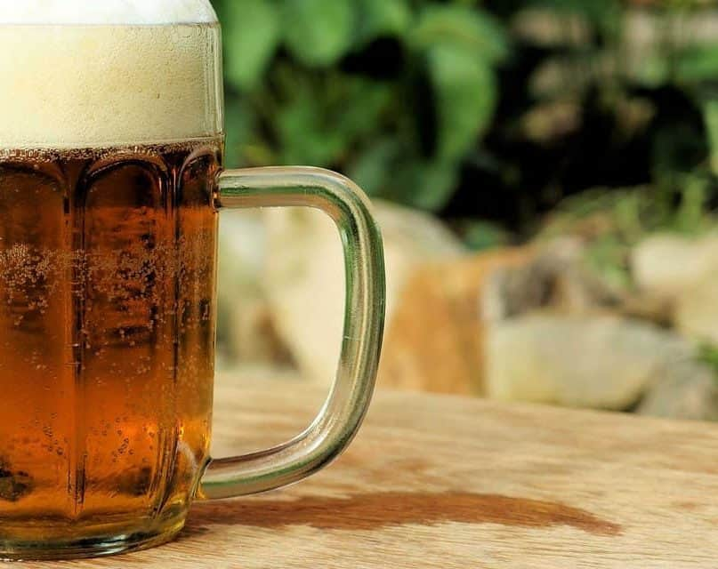 10 Benefits of Drinking Beer