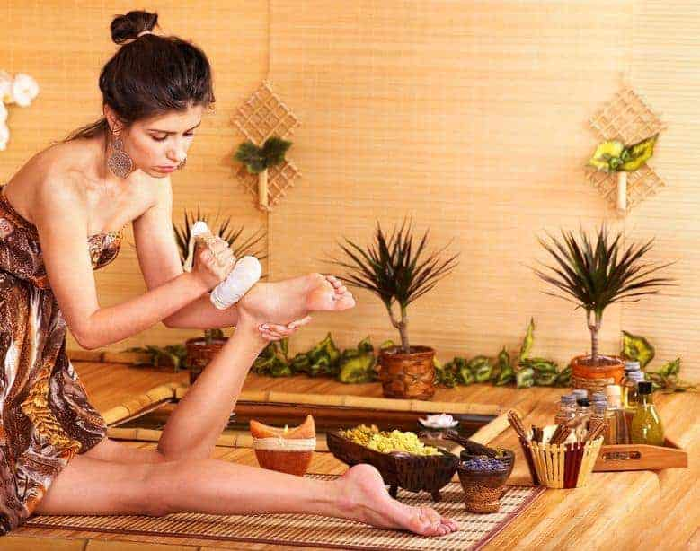 10 Health Benefits of Foot Massage and Reflexology