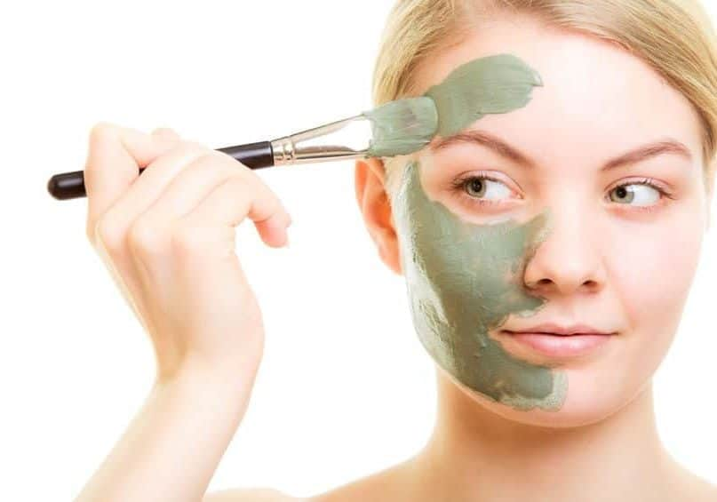 15 Best DIY Homemade Masks to Get Healthy and Glowing Skin