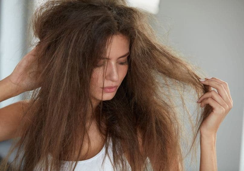 15 Best Natural Home Remedies For Dry and Damaged Hair