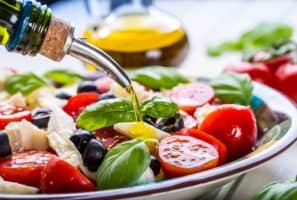 Here's Why the DASH Diet and the Mediterranean Diet Are the Top Diets for 2020