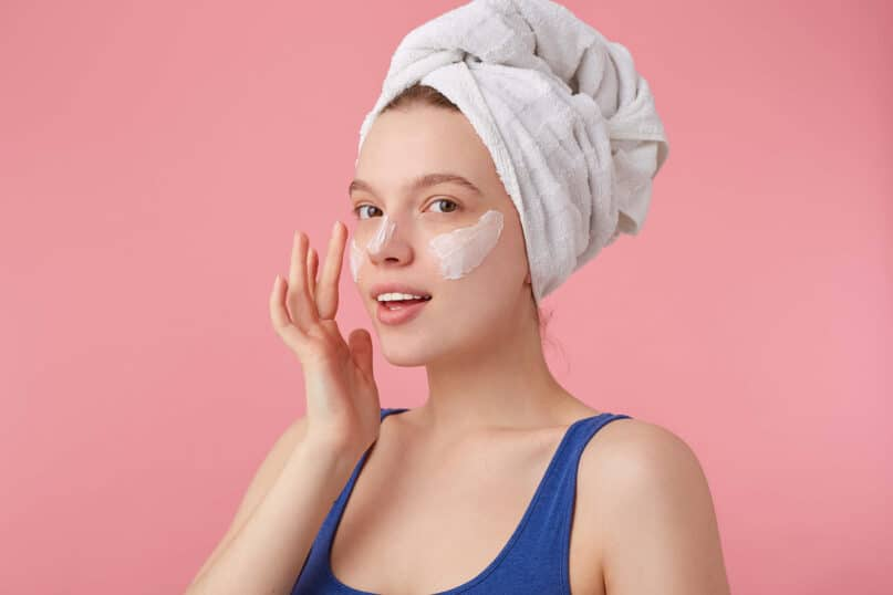 25 Natural Ways To Maintain Youthful, Glowing Skin from Home